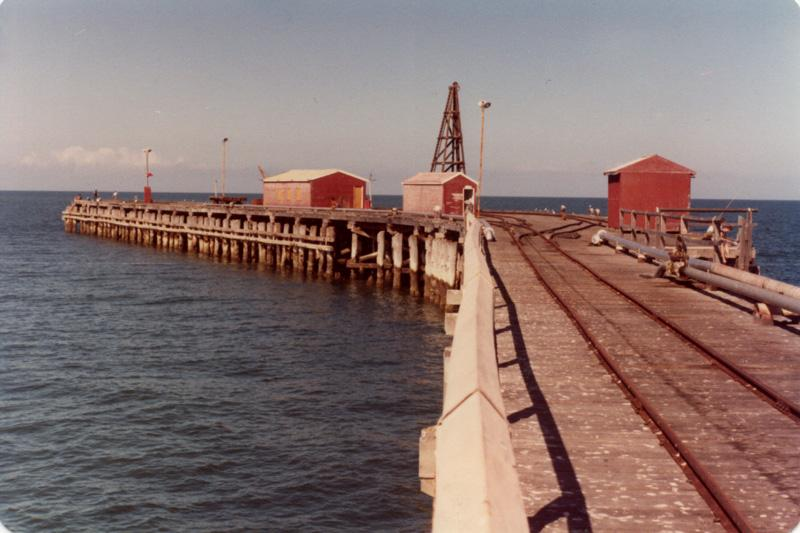 FISHING IN CARNARVON, Fishing Photos,  Australian Panorama, The mile-long Carnarvon Jetty in the early 1980's. Bob Fisher