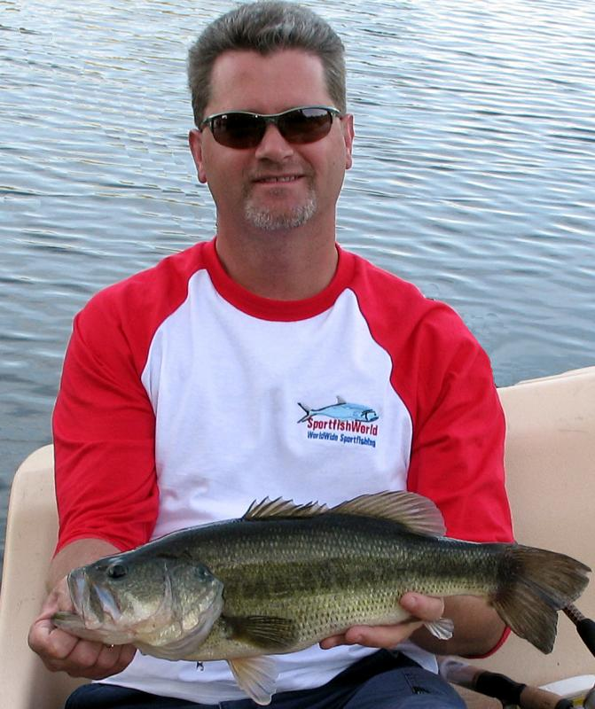 Bass, Largemouth - Largemouth Bass, length: 22 inches, weight: 6.5 lbs, girth: 17.25 inches